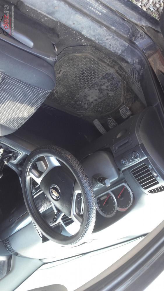 Dezmembram Chevrolet Captiva 2 0d 2007 4x4  Dezmembrări auto în Costesti, Buzau Dezmembrari