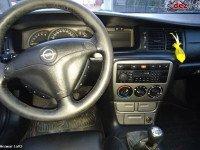 Vand Opel Vectra Din 2001 Putin Avariat Mașini avariate în Cristian, Brasov Dezmembrari