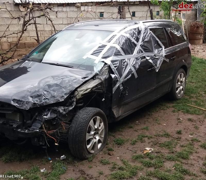 Vand Opel Astra H 1 9/88kw 120cp Anul 2007  Mașini avariate în Piatra-Neamt, Neamt Dezmembrari