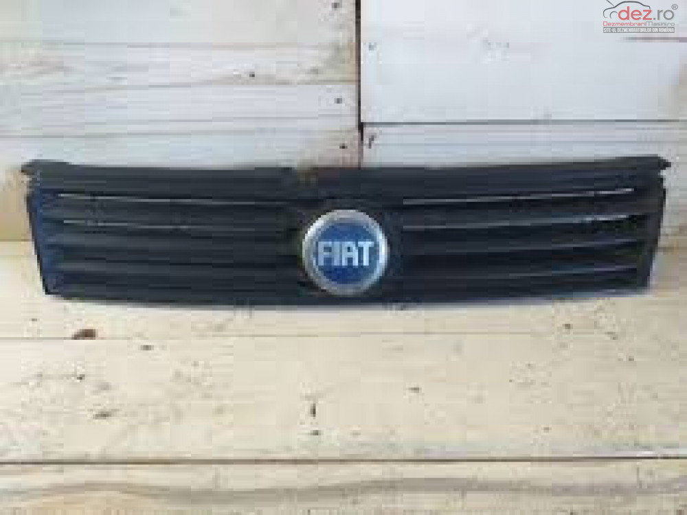 Grila radiator Fiat Stilo STILO 2002 Piese auto în Braila, Braila Dezmembrari