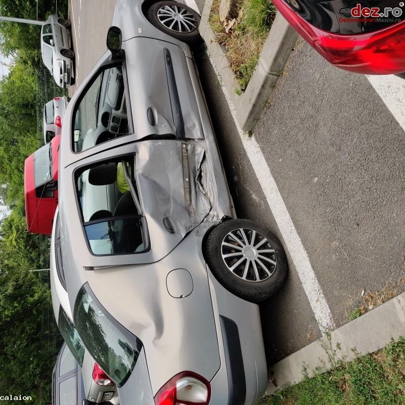Vand Renault Clio Symbol Avariat Lateral Dreapta