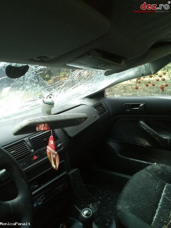 Vând Golf 4   Avariat Partea Din Fata   Motor Axr Perfect Functiona  Mașini avariate în Popesti-Leordeni, Ilfov Dezmembrari