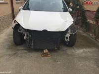Vand Golf 6 2010 Lovit Fata Negociabil Mașini avariate în Oradea, Bihor Dezmembrari