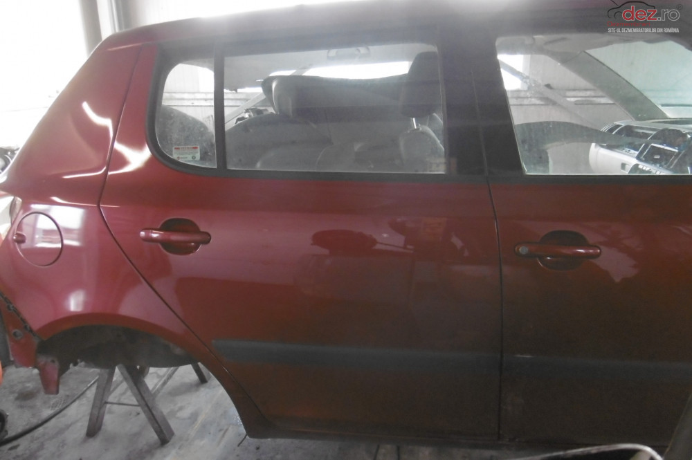 Geam Usa Spate Skoda Fabia 2 1 2b Bzg  Piese auto în Alesd, Bihor Dezmembrari