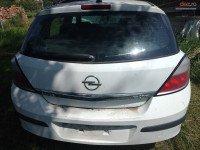 Vand Opel Astra Limuzina din 2005, avariat in fata Mașini avariate în Ciurila, Cluj Dezmembrari