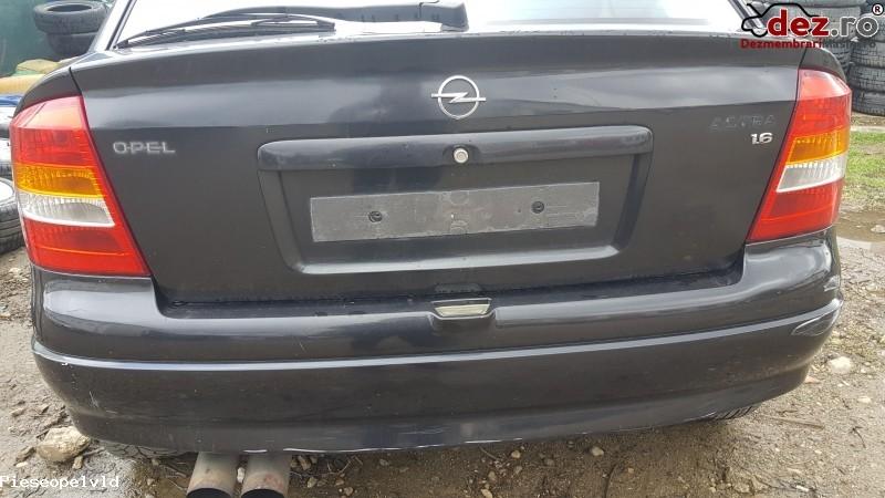 Stop / Lampa spate Opel Astra 2000 în Arad, Arad Dezmembrari