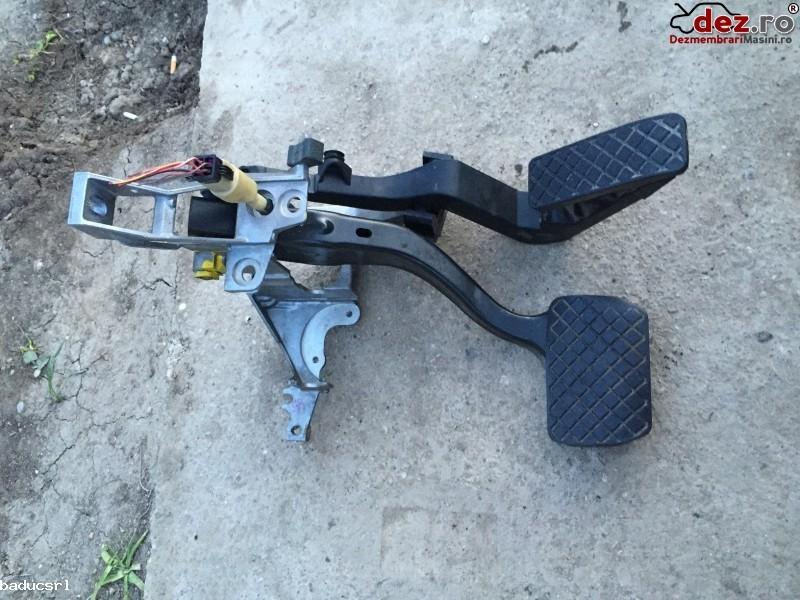 Ansamblu Complet Pedala Frana + Acceleratie + Suport Pentru Cutie Automata Dezmembrări auto în Giurgiu, Giurgiu Dezmembrari