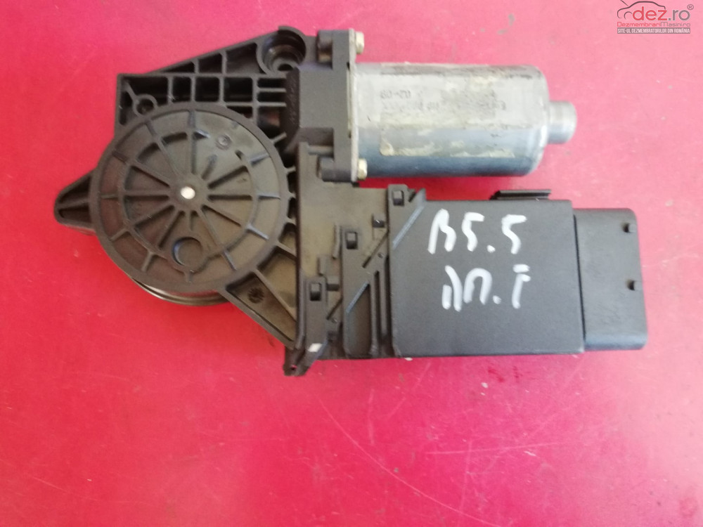 Motoras Macara Geam Dreapta Fata Vw Passat B5 5 Piesa Provine Din Dezmembrari Auto Dezmembrări auto în Targu Neamt, Neamt Dezmembrari