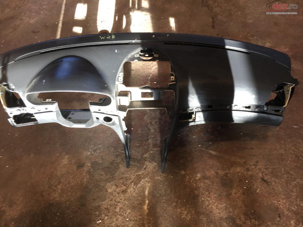Plansa Bord Mercedes W211 E270 2002 2007 cod 3406