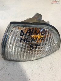 Lampa Semnalizare Stanga Nexia Daewoo Cielo 1995 1998 cod 96175350 Piese auto în Dascalu, Ilfov Dezmembrari