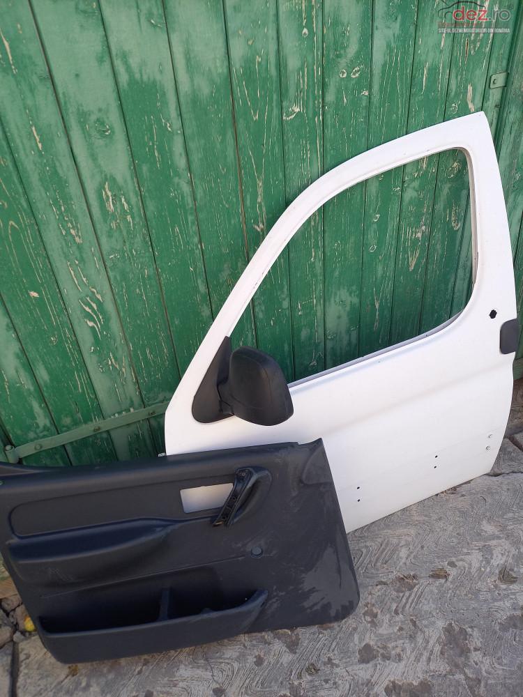 Usa Fata Stg Peugeot Partner Piese auto în Targu Secuiesc, Covasna Dezmembrari