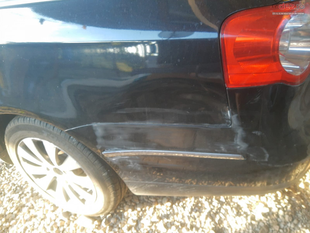 Vand Volkswagen Passat din 2009, avariat in fata, lateral(e)