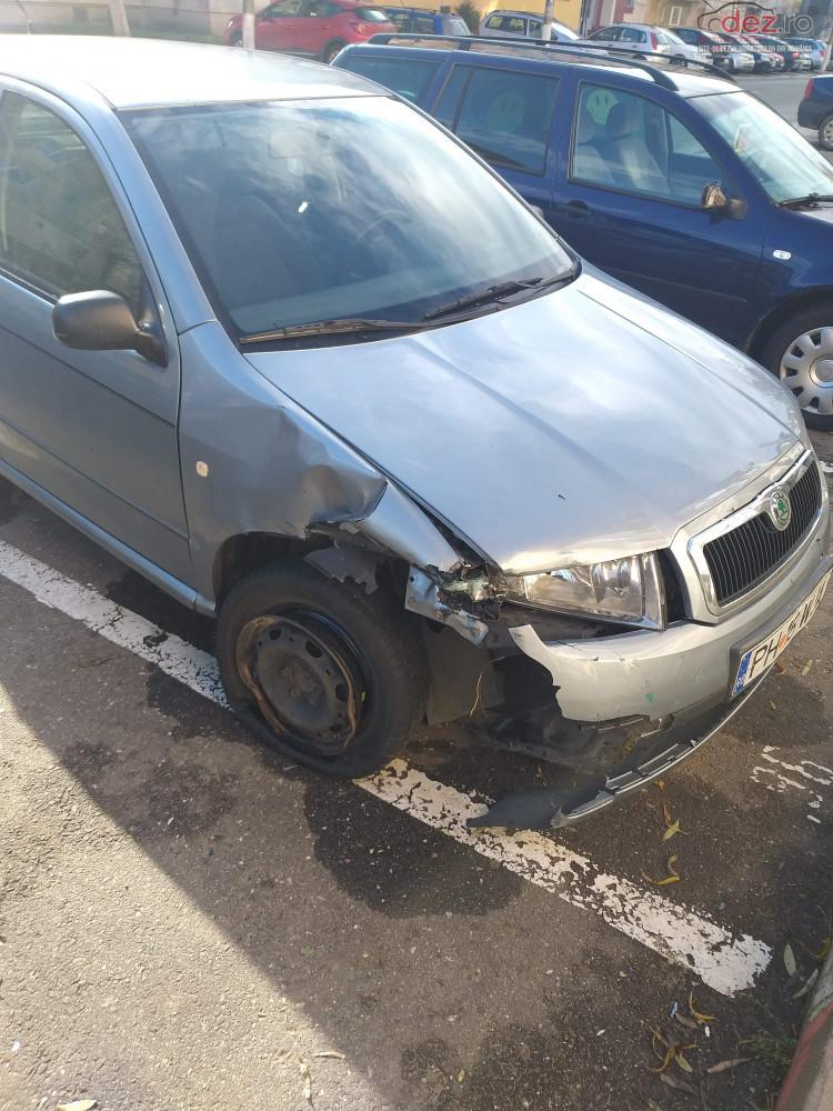 Vand Skoda Fabia din 2003, avariat in fata, lateral(e) Mașini avariate în Boldesti Scaeni, Prahova Dezmembrari