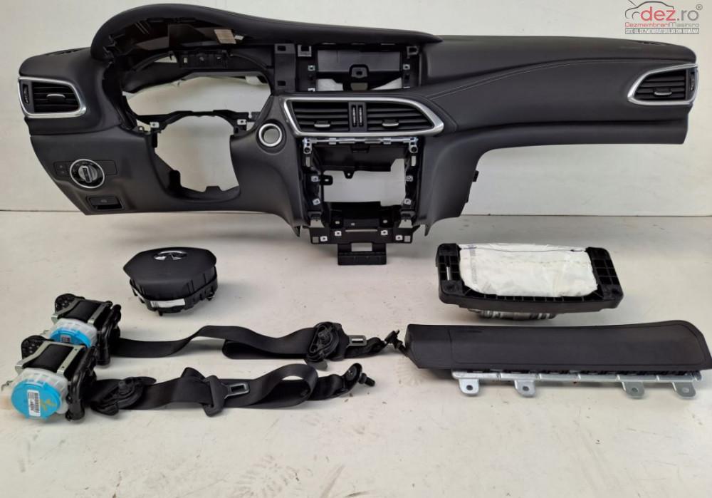 Kit Plansa Bord Cu Airbag Infinity Q30 Piese auto în Zalau, Salaj Dezmembrari
