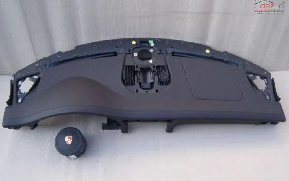 Plansa Bord Cu Airbag Porsche 991 Carrera Piese auto în Zalau, Salaj Dezmembrari