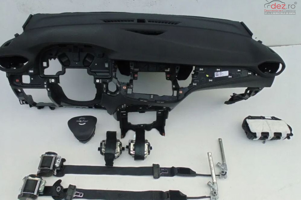Kit Plansa Bord Cu Airbag Opel Crossland X Piese auto în Zalau, Salaj Dezmembrari