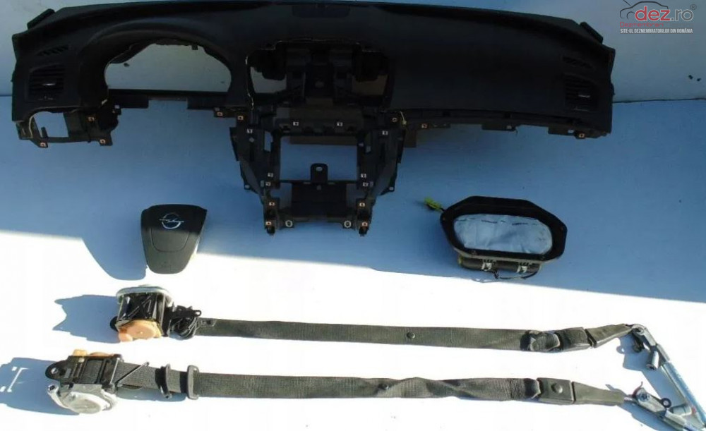 Kit Plansa Bord Cu Airbag Opel Insignia Piese auto în Zalau, Salaj Dezmembrari