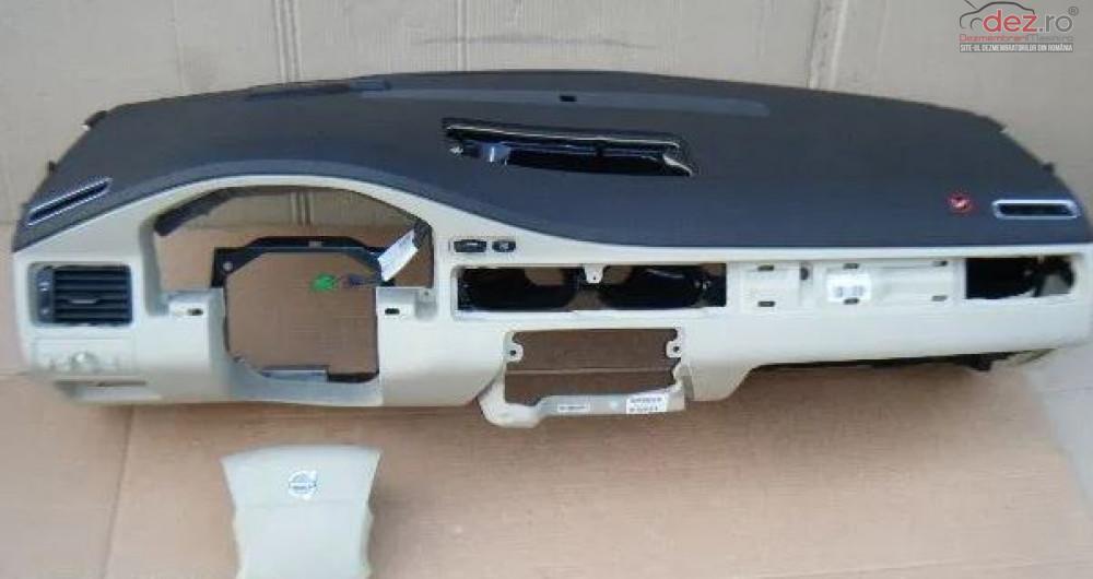 Plansa Bord Cu Airbag Volvo V70 S80 Piese auto în Zalau, Salaj Dezmembrari