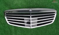 Grila Centrala Mercedes S Class W 221 Lift Distronic Piese auto în Zalau, Salaj Dezmembrari