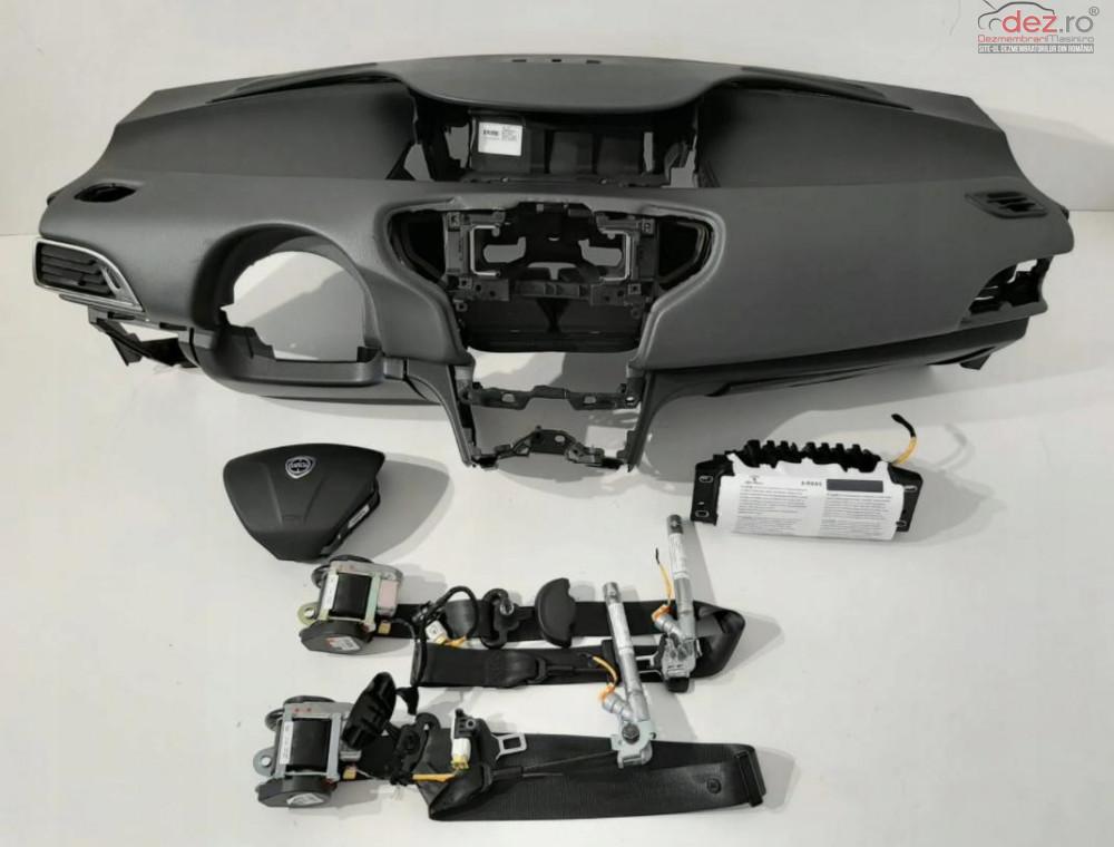 Kit Plansa Bord Airbag Lancia Ypsilon 2011 Piese auto în Zalau, Salaj Dezmembrari