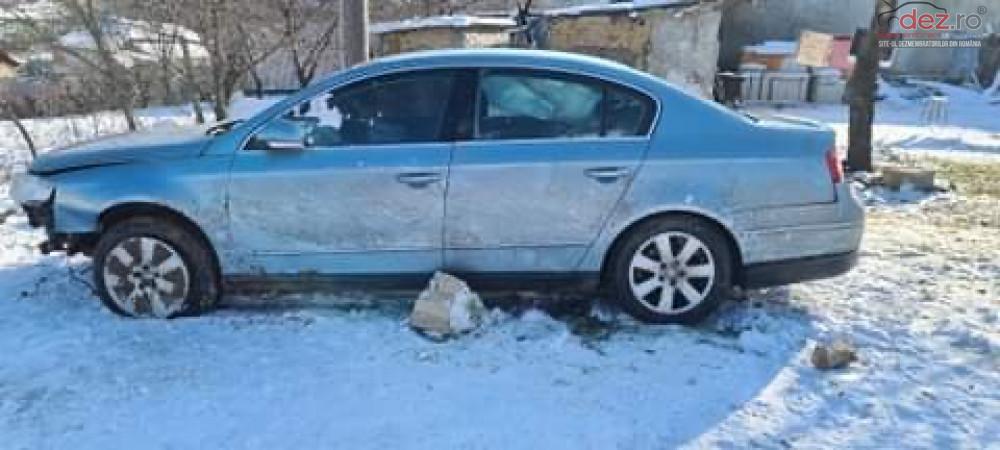 Vand Volkswagen Passat B6 din 2006, avariat in lateral(e) Mașini avariate în Niculitel, Tulcea Dezmembrari