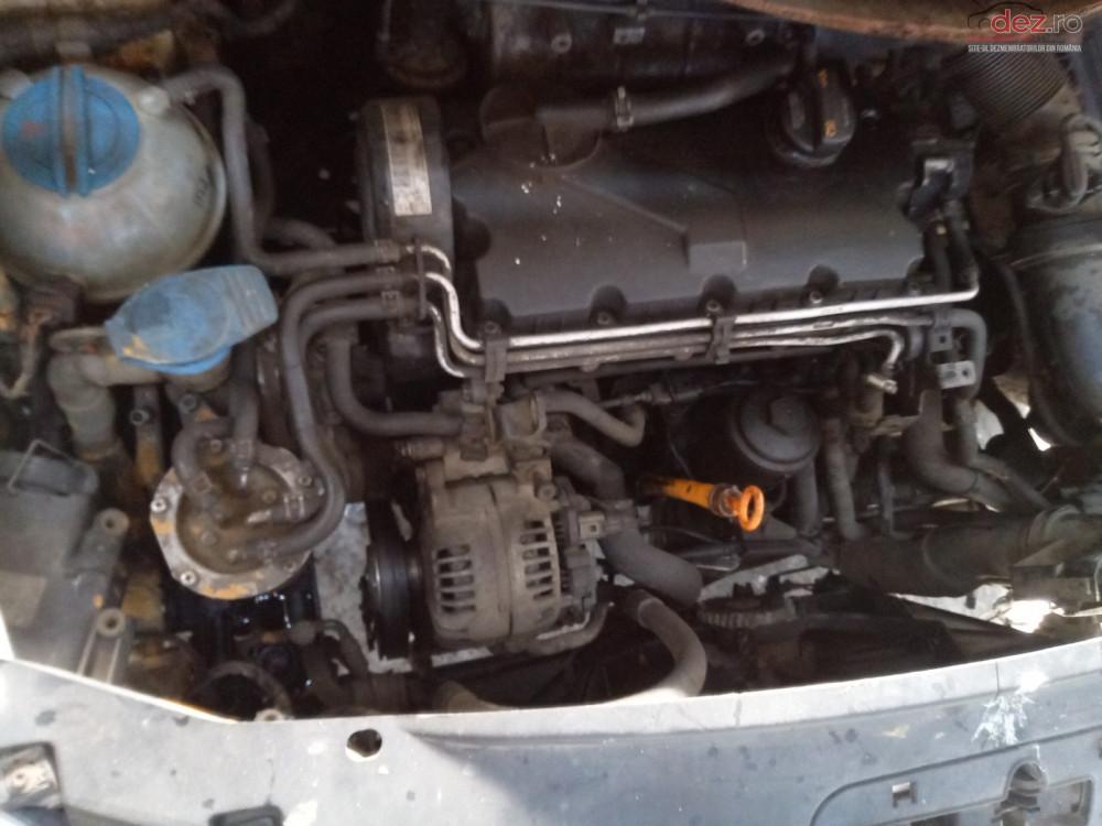 Vand Volkswagen Caddy Furgon din 2008, avariat in fata