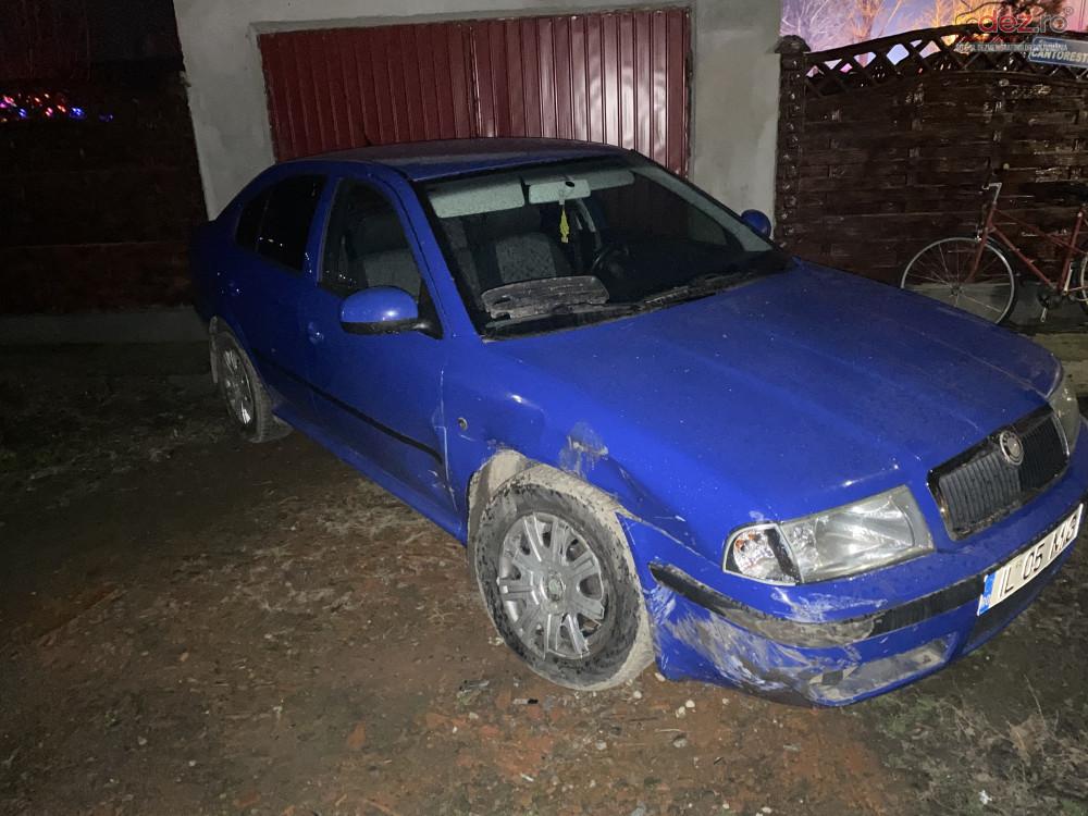 Cumpar Aripa Dreapta Semnal Dreapta Usa Dreapta Carenaj(contraaripa) Dezmembrări auto în , Dezmembrari