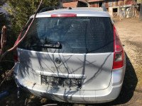 Vand Renault Megane MK II. KOMBI din 2008, avariat in fata Mașini avariate în Lazarea, Harghita Dezmembrari
