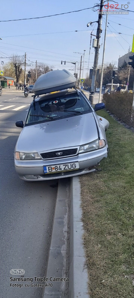 Vand Daewoo Cielo standard din 2007, avariat in fata, lateral(e)