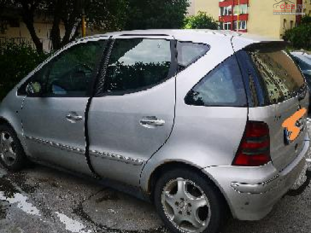 Vand Mercedes A 170 din 2003, avariat in lateral(e)
