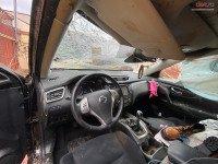 Vand Nissan X-Trail A din 2017, avariat in totalitate Mașini avariate în Galati, Galati Dezmembrari