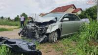 Vand Toyota Avensis Avensis din 2006, avariat in fata Mașini avariate în Bucuresti, Bucuresti Dezmembrari