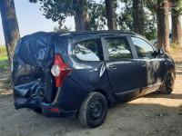 Aripa spate Dacia Lodgy 1.5 dci 7 locuri (2013) Piese auto în Roman, Neamt Dezmembrari