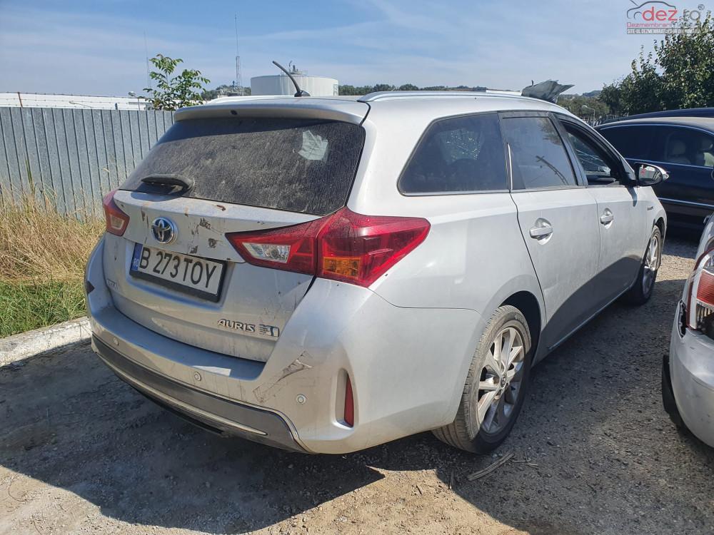 Dezmembrez Toyota Auris 1.8 hybrid 2 break din 2014