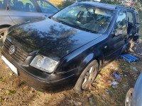 Dezmembrez Volkswagen Bora 1.9 tdi AJM 115cp break din 2000 Dezmembrări auto în Roman, Neamt Dezmembrari