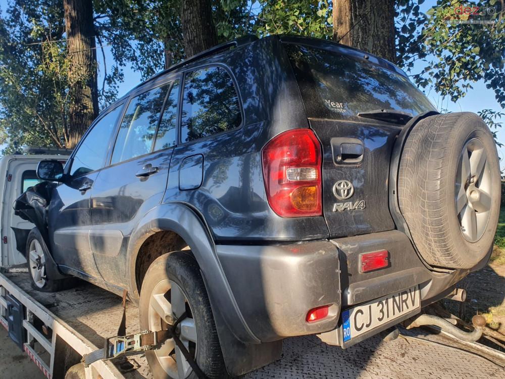 Dezmembrez Toyota RAV 4 2.0 d-4d 1CD-FTV 4x4 facelift din 2004