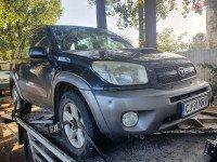 Dezmembrez Toyota RAV 4 2.0 d-4d 1CD-FTV 4x4 facelift din 2004 Dezmembrări auto în Roman, Neamt Dezmembrari