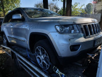 Aripa fata Jeep Grand Cherokee 3.0 crd EXF 4x4 (2012) Piese auto în Roman, Neamt Dezmembrari