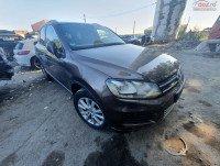 Capota fata Volkswagen Touareg 7P 3.0 tdi CAS 4x4 (2012) Piese auto în Roman, Neamt Dezmembrari