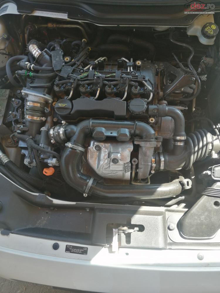 Cumpar Capac Motor 1 6 D Pentru Volvo S40 Din 2010 Dezmembrări auto în , Dezmembrari