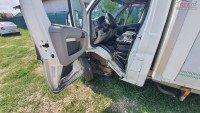 Vand Peugeot Boxer din 2007, avariat in fata Mașini avariate în Buftea, Ilfov Dezmembrari