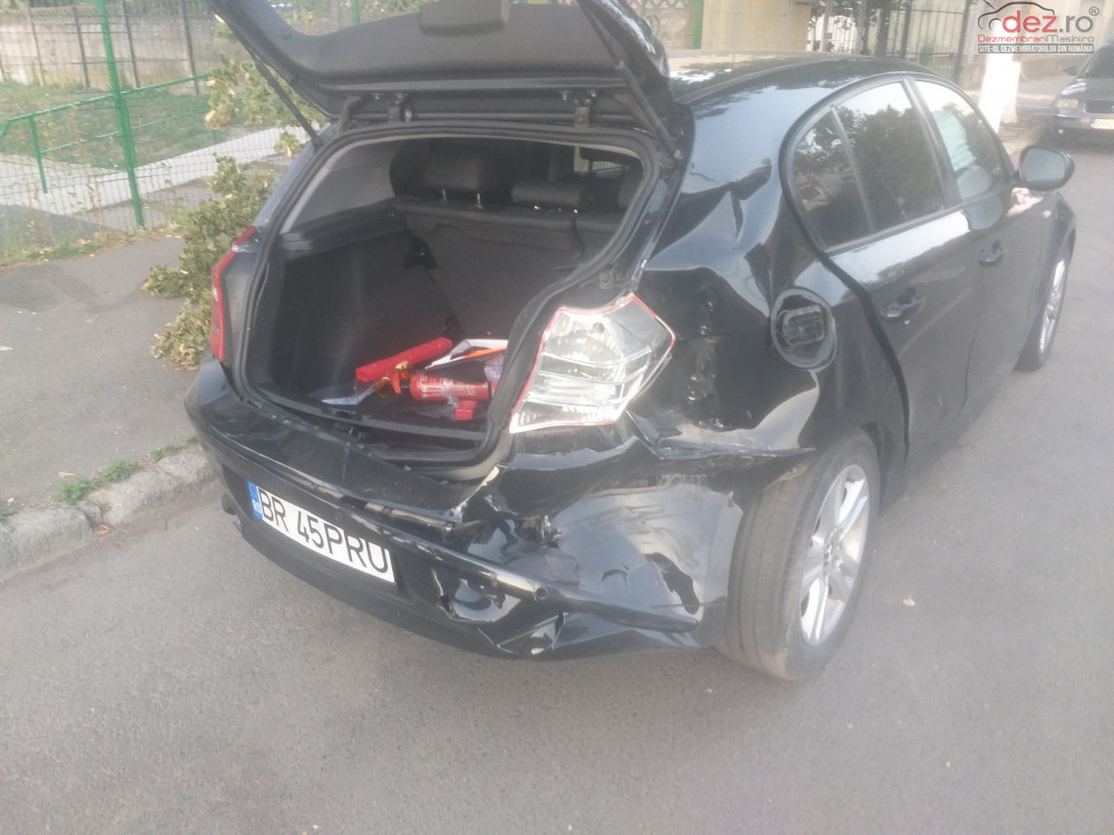 Vand BMW 116 E87 din 2009, avariat in spate