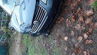 Vand Volkswagen Passat B5 din 2003, avariat in fata Mașini avariate în Ploiesti, Prahova Dezmembrari